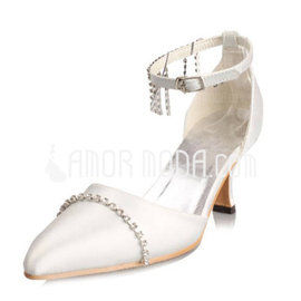 Vrouwen Satijn Spool Hak Closed Toe Pumps met Buckle Bergkristal (047010747)