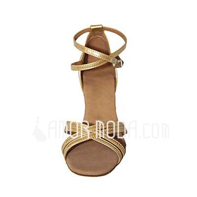 Vrouwen Patent Leather Hakken Sandalen Latijn met Enkelriempje Dansschoenen (053013357)