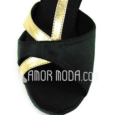 Vrouwen Satijn Patent Leather Hakken Sandalen Latijn met T-Riempjes Dansschoenen (053013364)