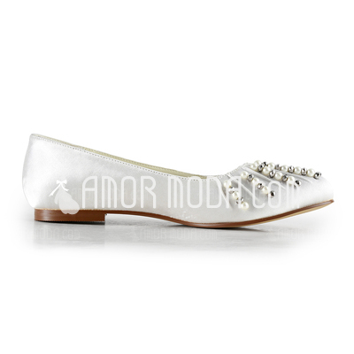 Vrouwen Satijn Flat Heel Closed Toe Flats met Kralen Imitatie Parel (047014155)