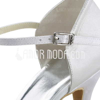 Vrouwen Satijn Stiletto Heel Closed Toe Pumps met Strik Imitatie Parel (047011051)