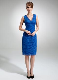 Etui-Linie V-Ausschnitt Knielang Spitze Kleid für die Brautmutter (008006292)
