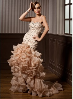 Trumpet/Mermaid Sweetheart Asymmetrical Organza Prom Dress With Beading Cascading Ruffles (018021096)