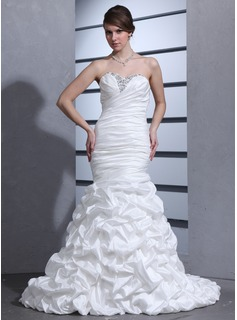 Trumpet/Mermaid Sweetheart Court Train Taffeta Wedding Dress With Ruffle Beading (002000670)
