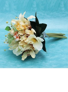 Vivifying Hand-tied Satin Bridesmaid Bouquets (123032427)