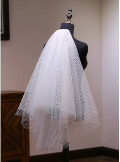 Two-tier Cut Edge Elbow Bridal Veils With Lace (006190592)