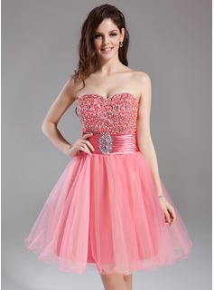 A-Line/Princess Sweetheart Knee-Length Tulle Charmeuse Homecoming Dress With Ruffle Beading Sequins (022009014)