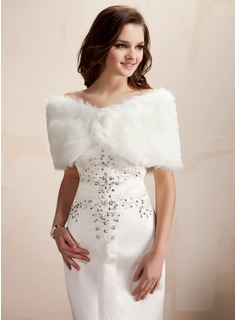 Faux Fur Wedding Wrap (013002334)
