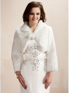 Long Sleeve Faux Fur Wedding Wrap (013020425)