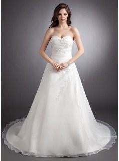 A-Line/Princess Sweetheart Chapel Train Organza Wedding Dress With Ruffle Lace Beading (002000331)