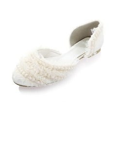 Women's Silk Like Satin Flat Heel Closed Toe Flats With Imitation Pearl Stitching Lace (047041236)