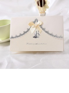 Bride & Groom Style Top Falten Invitation Cards mit Bänder (Satz 10) (114032370)