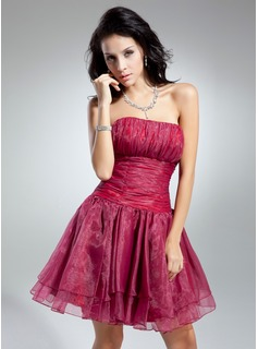 A-Line/Princess Strapless Short/Mini Organza Cocktail Dress With Ruffle (016014890)