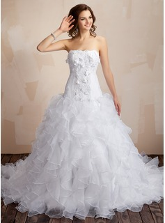 Ball-Gown Sweetheart Chapel Train Satin Organza Wedding Dress With Lace Beading Flower(s) Cascading Ruffles (002000106)