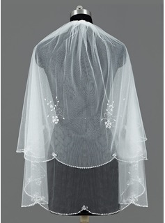 Two-tier Fingertip Bridal Veils With Sequin Trim Edge (006052981)
