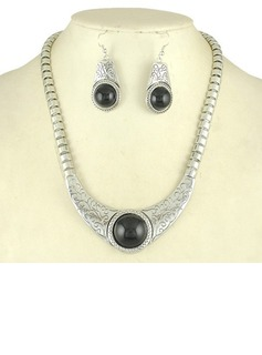 Unique Alloy Resin With Rhinestone Women's Jewelry Sets (011030519)