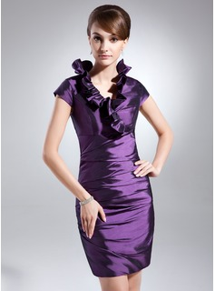 Forme Fourreau Col V Court/Mini Taffeta Robe de cocktail avec Robe à volants (016008268)