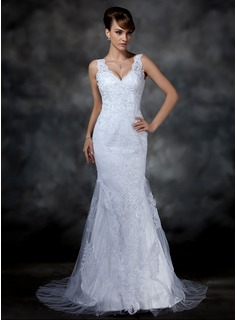 Trumpet/Mermaid V-neck Court Train Tulle Lace Wedding Dress (002004597)