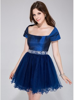 A-Line/Princess Off-the-Shoulder Short/Mini Taffeta Tulle Prom Dress With Beading (018135311)