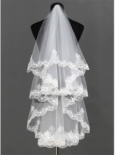 One-tier Waltz Bridal Veils With Lace Applique Edge (006013292)
