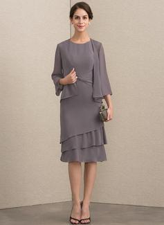 A-Linie/Princess-Linie U-Ausschnitt Knielang Chiffon Kleid für die Brautmutter mit Gestufte Rüschen (008152154)