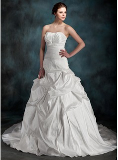 Ball-Gown Sweetheart Chapel Train Taffeta Wedding Dress With Ruffle (002000097)