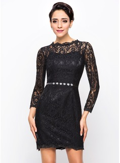 Sheath/Column Scoop Neck Short/Mini Lace Cocktail Dress With Beading (016056703)