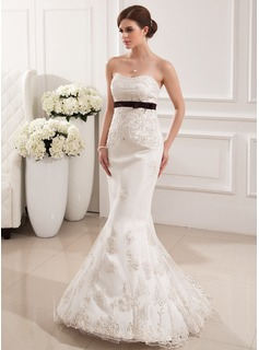 Trumpet/Mermaid Sweetheart Sweep Train Satin Tulle Wedding Dress With Lace Sash Beading Bow(s) (002019531)