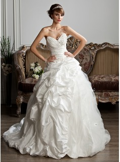 Ball-Gown Sweetheart Chapel Train Taffeta Tulle Wedding Dress With Ruffle Beading Feather Appliques Lace (002013806)
