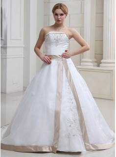 Ball-Gown Strapless Chapel Train Organza Satin Wedding Dress With Embroidered Beading (002011668)