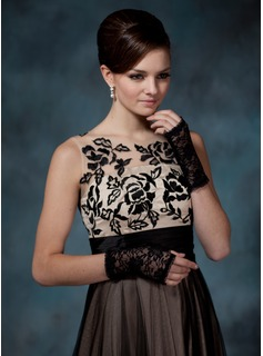 Lace Wrist Length Party/Fashion Gloves (014020531)