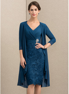 Sheath/Column V-neck Knee-Length Chiffon Lace Mother of the Bride Dress With Crystal Brooch (008164100)