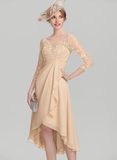 A-Linie/Princess-Linie V-Ausschnitt Asymmetrisch Chiffon Spitze Kleid für die Brautmutter mit Gestufte Rüschen (008114261)