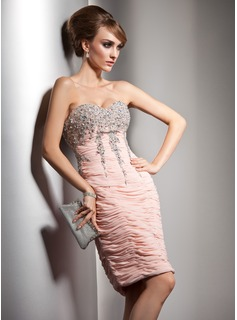 Sheath/Column Sweetheart Knee-Length Chiffon Cocktail Dress With Ruffle Beading Sequins (016021188)