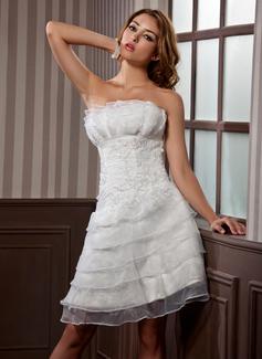 Forme Princesse Col festonné Longueur genou Satiné Organza Robe de mariée avec Plissé Motifs appliqués Dentelle (002012067)