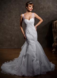 Trumpet/Mermaid Sweetheart Court Train Satin Tulle Wedding Dress With Ruffle Lace Beading (002012818)