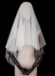 Quattro strati Bordo tagliato Velare da sposa gomito con Paillette (006183267)