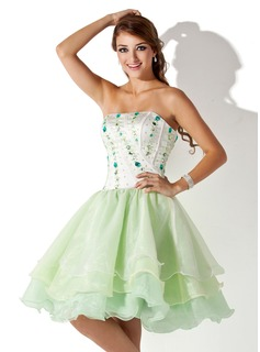 A-Line/Princess Strapless Knee-Length Organza Satin Homecoming Dress With Beading (022008138)