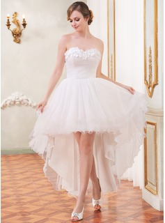 A-Line/Princess Sweetheart Asymmetrical Tulle Wedding Dress With Ruffle Beading Flower(s) (002055208)