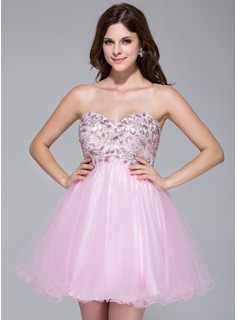A-Line/Princess Sweetheart Short/Mini Tulle Homecoming Dress With Lace Beading (022035710)
