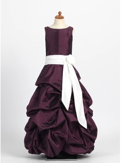 A-Line/Princess Scoop Neck Floor-Length Taffeta Flower Girl Dress With Ruffle Sash Beading (010004121)