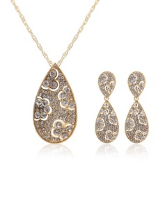 Beautiful Alloy With Rhinestone Women's Jewelry Sets (011027567)