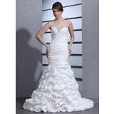 Trumpet/Mermaid Sweetheart Court Train Taffeta Wedding Dress With Ruffle Beading (002000670)