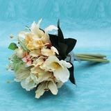 Belebende Mid Hand Gebunden Satin Brautjungfer Blumensträuße (123032427)