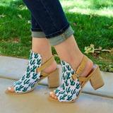 Femmes Toile Talon bottier Sandales Escarpins avec Autres chaussures (085211432)