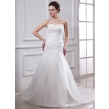 A-Line/Princess Sweetheart Chapel Train Taffeta Wedding Dress With Ruffle Lace Beading (002000151)