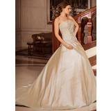 Balklänning Axelbandslös Court släp Taft Bröllopsklänning med Rufsar Pärlbrodering Applikationer Spetsar (002012179)