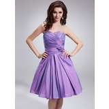 A-Line/Princess Sweetheart Knee-Length Taffeta Bridesmaid Dress With Ruffle Flower(s) (022018793)