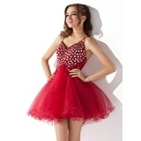 A-Line/Princess V-neck Short/Mini Tulle Homecoming Dress With Ruffle Beading Sequins (022008973)