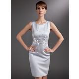Etui-Linie U-Ausschnitt Knielang Satin Kleid für die Brautmutter mit Pailletten (008006017)